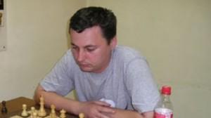 http://www.chessintranslation.com/wp-content/uploads/2011/03/Dan-Pasarelu-300x168.jpg